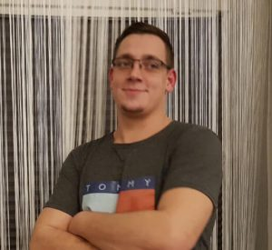Mitarbeiter Robin Schlösser