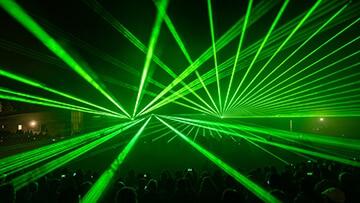 showlights 2018 gaerten der welt lasershow gruen