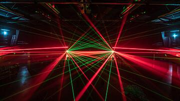 columbiahalle rote und grüne laser
